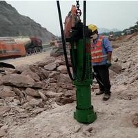大型劈裂机成为高速扩建劈裂石头专业设备